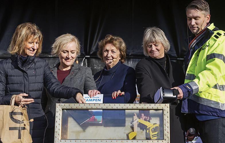 Första spadtaget för nya Humanisten i Göteborg