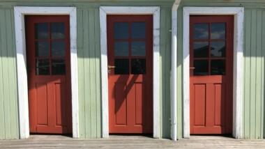 Ribersborgs kallbadhus valde Accoya till samtliga hyttdörrar