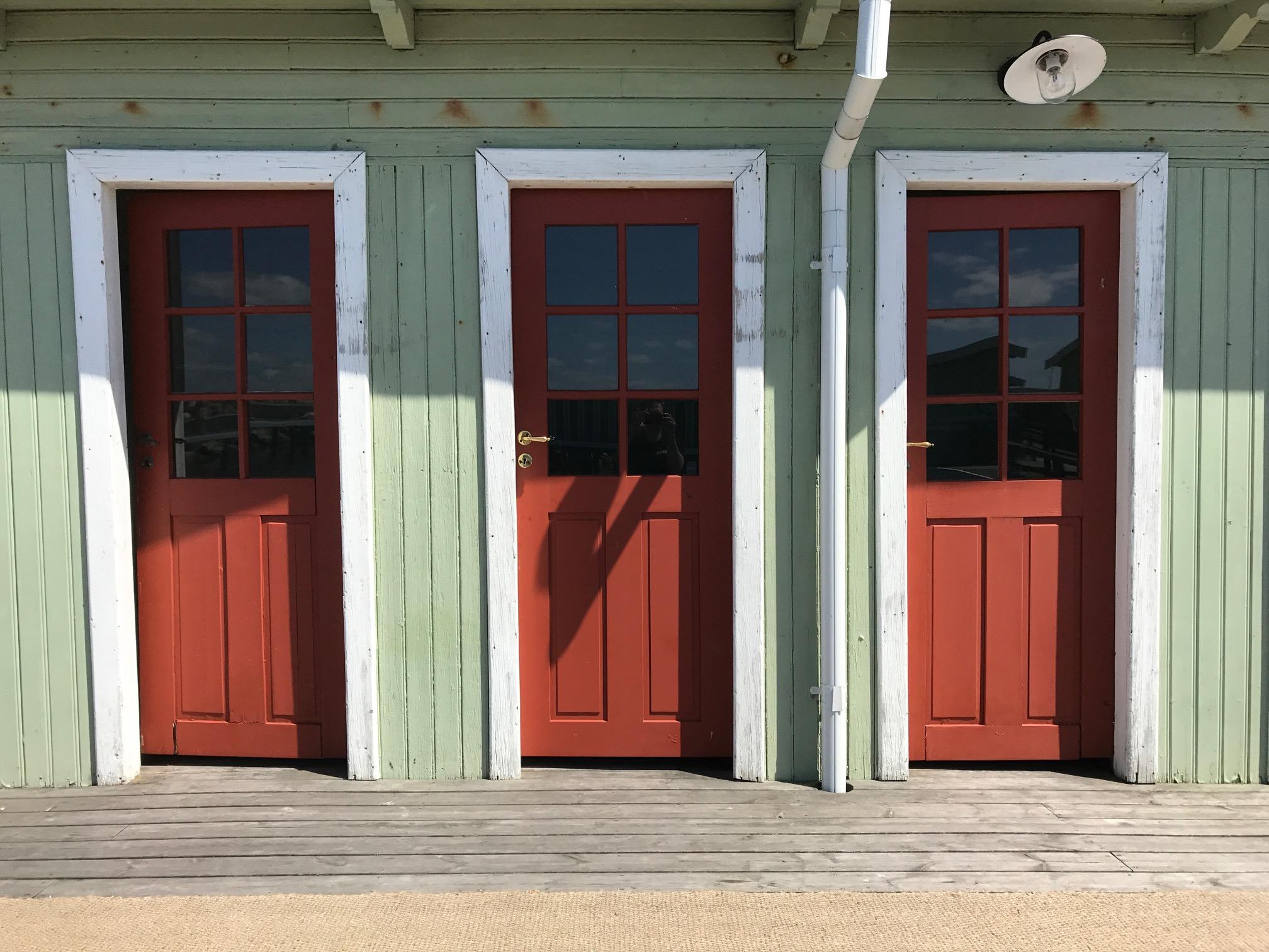 Dörrar som håller för hårt klimat