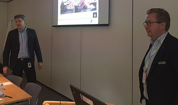 Mikael Bennarp från FEAB tillsammans med branschkollegan Robin Seger