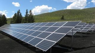 solar-panel-array-320x180