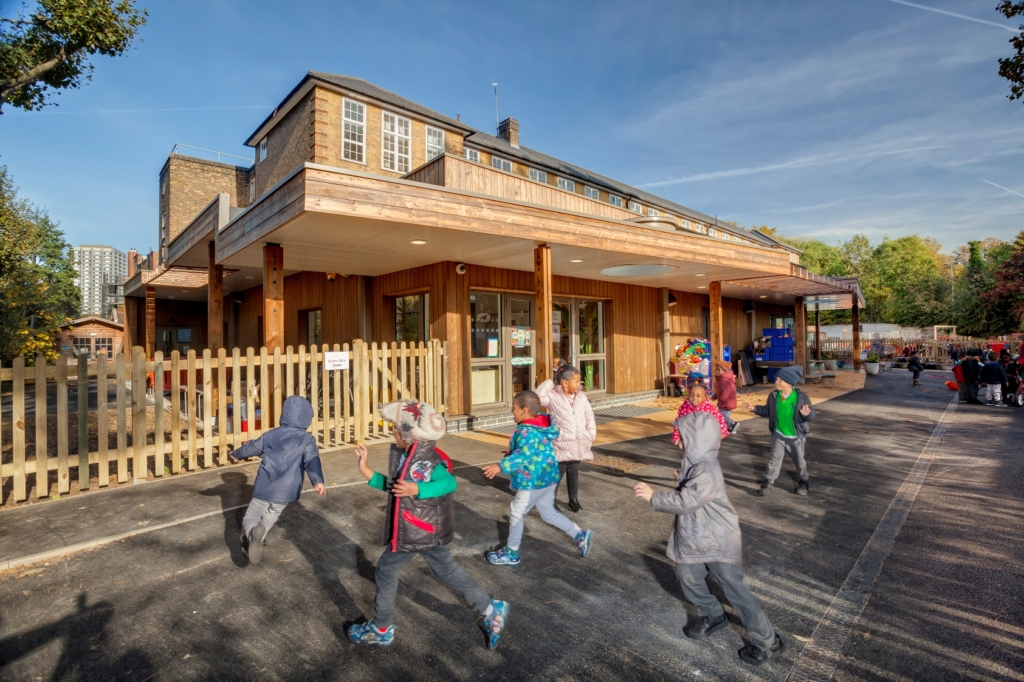 Kebony Character-Avondale Primary School-ECD Architects-(c)Marcus Harvey (1) lowres