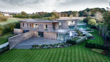 Kebony completes spectacular Hampshire house