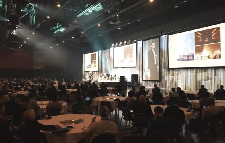 Påbyggnader i trä hett ämne på internationell konferens i Kanada