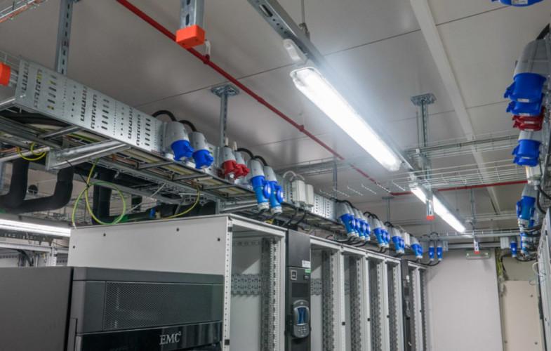 Smart LED-belysning i Teracoms nya serverhall