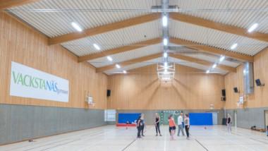 Stiftelsen Vackstanäsgymnasiet satsar på LED i idrottshall