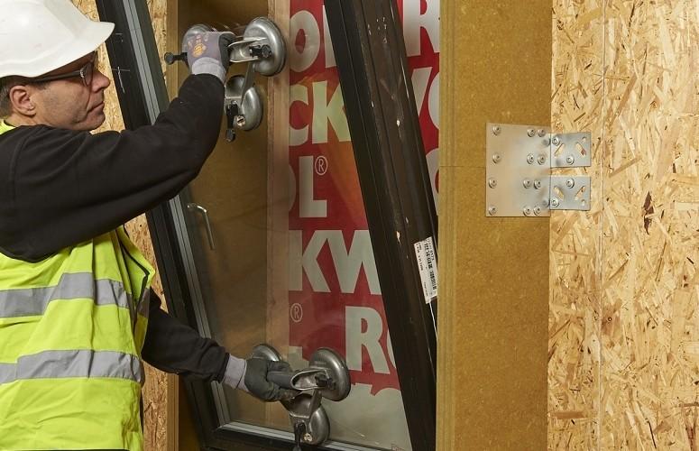 ROCKWOOL REDAir LINK – nu ännu enklare att montera fönster