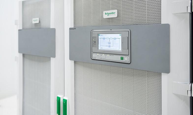 Ny innovativ UPS-lösning för storskaliga datacenter