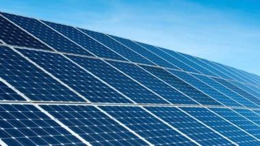 Heby kommun högst upp i solcellstoppen