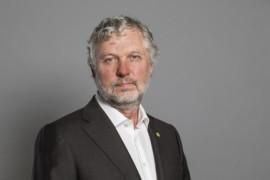 Bostadsministern vill se ökat träbyggande