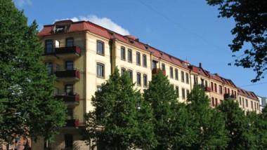 Äldre flerfamiljshus får nytt liv