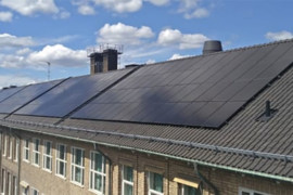Solceller på Stockholms skoltak
