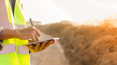 Pilotsatsning hjälper nyanlända att etableras snabbare byggbranschen