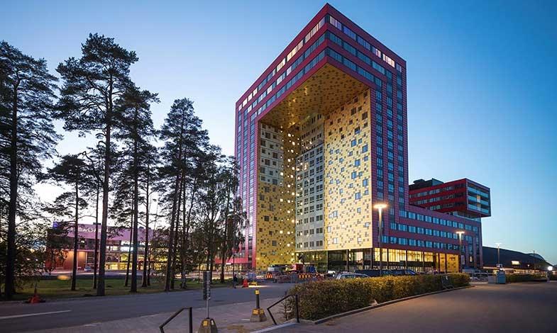 Inflyttning i Växjös nya landmärke