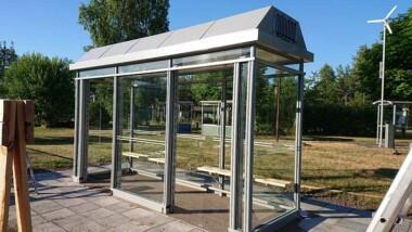 Busskur med inbyggt filtersystem renar luften