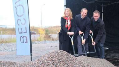 Ett första spadtag för nya hyresrätter i Ultuna Trädgårdsstad
