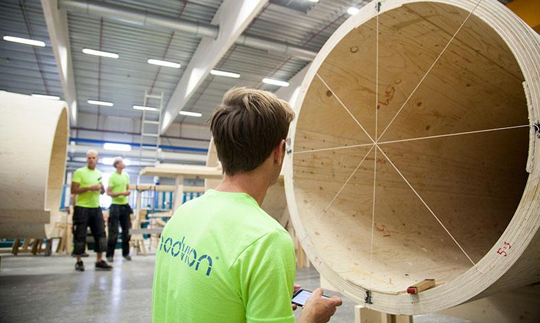 De satsar på modulära vindkraftstorn i trä