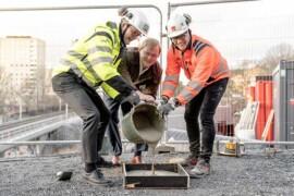 Första spadtag för kvarter i Årstastråket