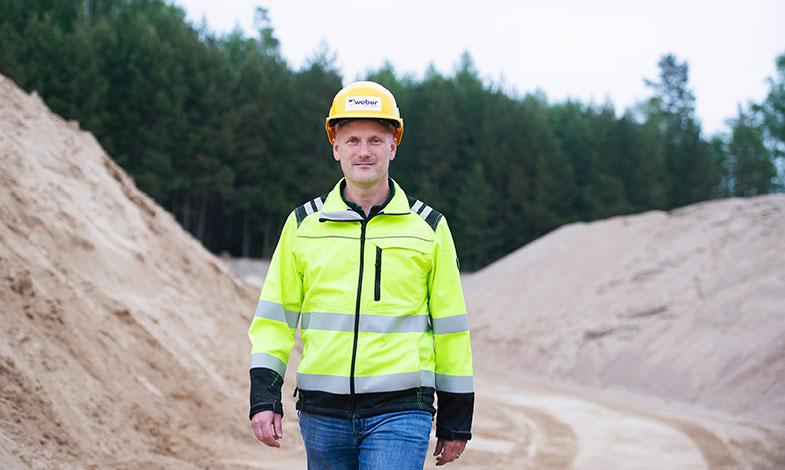 Weber fasar ut all natursand från bolagets produkter